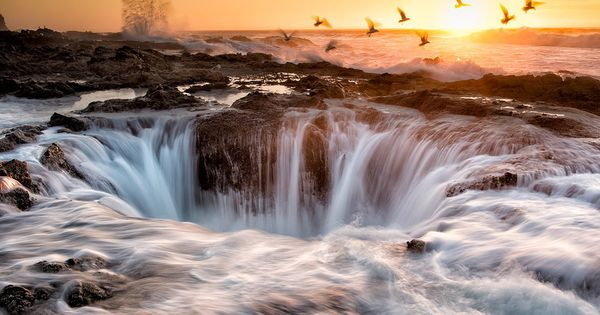 Thor's Well, Oregon.Located near Cape Perpetua, this thing is no joke. It's
