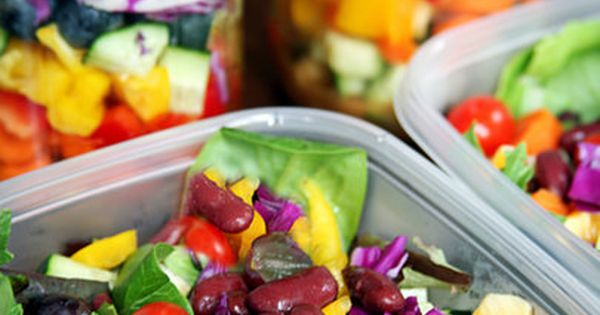 How to Pack a Week of Salads That Stay Fresh Till Friday...school