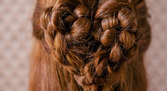 The Heart Braid | 37 Creative Hairstyle Ideas For Little Girls
