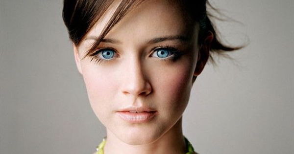 Alexis Bledel ~ beautiful Gilmore Girls - FAV