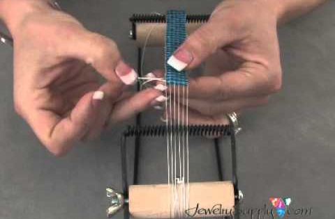 Bead Stringing & Weaving Tutorials For Beginners | Beading Jewelry ...
