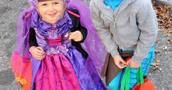 ...  Pinterest  Halloween Pictures, Halloween Kids and Kid Costumes