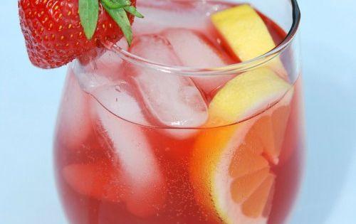 RAZZLE DAZZLE RASPBERRY lemonade great for party's and weddings
