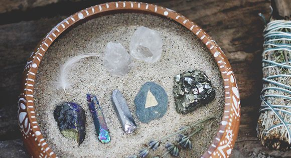 10 Ways To Use Healing Crystals | Free People Blog freepeople