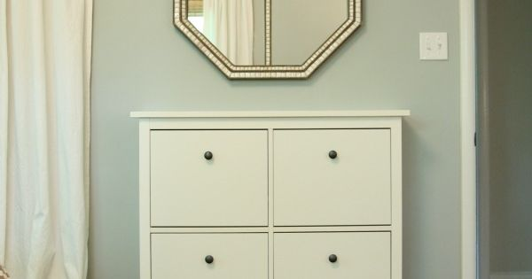 benjamin moore half moon crest this color looks more blue in other rooms color palettes. Black Bedroom Furniture Sets. Home Design Ideas