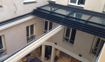 Le patio optimis verriere pinterest patios for Verriere exterieure