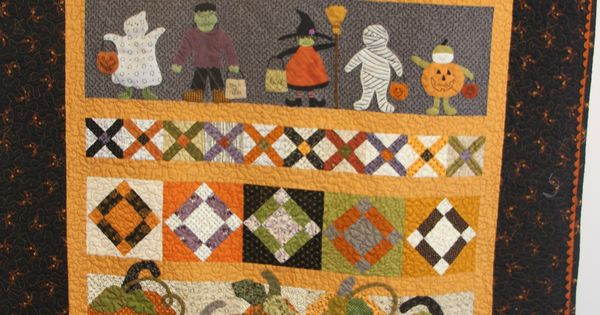 Saturday Sampler Quilt (halloween)