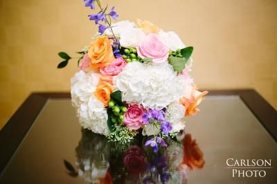 DIY flower bouquet using www.BloomsByTheBox.com flowers. White, pink, and purple bouquet. #diy #weddingflowers #bouquet #budgetfriendly