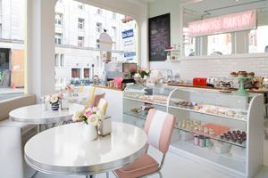 Cupcake Heaven With Images Bakery Decor Bakery Interior
