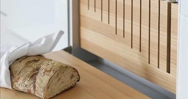Great idea & design // knife storage + cutting board