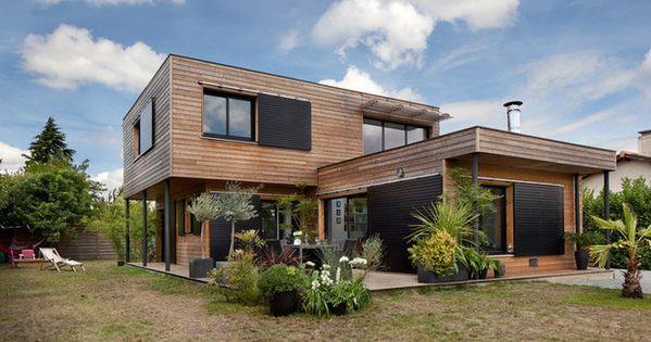 La maison est construite en pin douglas provenant du for Avorter seule a la maison