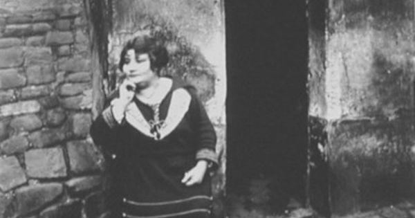 eugene atget prostitute on her shift 1921 photographic images pinterest. Black Bedroom Furniture Sets. Home Design Ideas