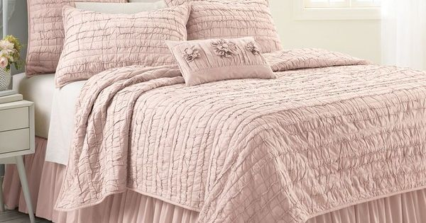 LC Lauren Conrad Allie Ruffle Quilt, Pink ($100) Liked On Polyvore Featuring Home, Bed & Bath