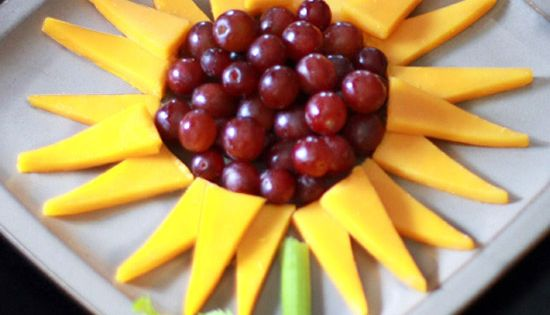 Cheesy Sunflowers -- super cute idea for kid party