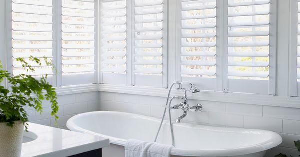 Queenslander style bathroom white shutters claw foot for Queenslander bathroom designs