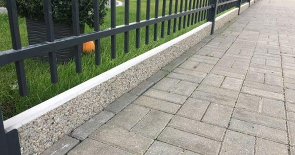 Wiecej Na Http Www Ogrodzenia Systemowe Pl Ogrodzenia Ogrodzenie Frontowe Panelowe Systemowe Brama Furtka Stal Drewno Germapla Structures Sidewalk