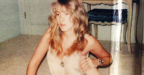 A very young and flexible Stevie Nicks.