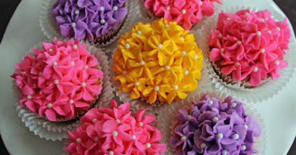 Life Is Sweets Mother S Day Flower Bouquet Cupcakes Mothers Day Cupcakes Cupcake Flower Bouquets Cupcake Bouquet