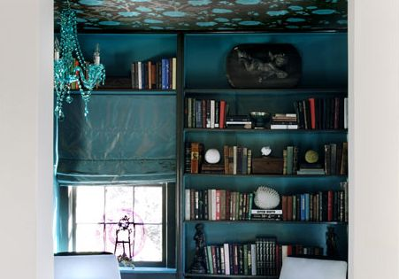 Blue reading area
