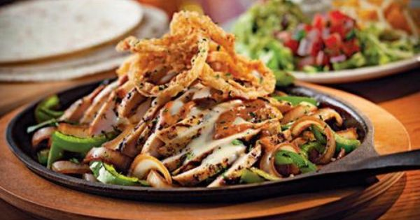 Chili, Chipotle chicken and Chicken fajitas on Pinterest
