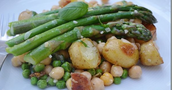 Lemon basil vinaigrette, Lemon basil and Chickpea salad on Pinterest