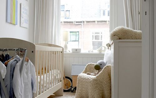 Ikea style nursery small spaces and window - Baby nursery ideas for small spaces style ...