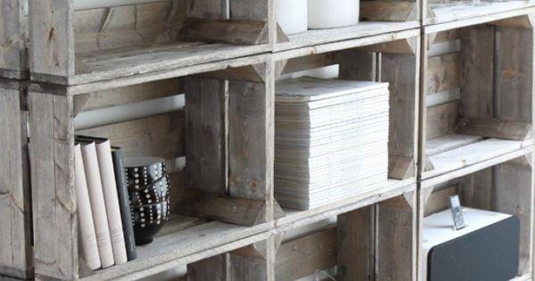 originelles regal aus obstkisten noch mehr ideen gibt es auf ideen mit wein und. Black Bedroom Furniture Sets. Home Design Ideas