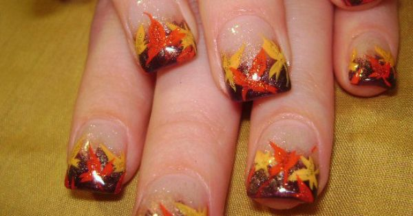 Nail-art by Robin Moses: fall thanksgiving autumn nail art autumn leaves nail
