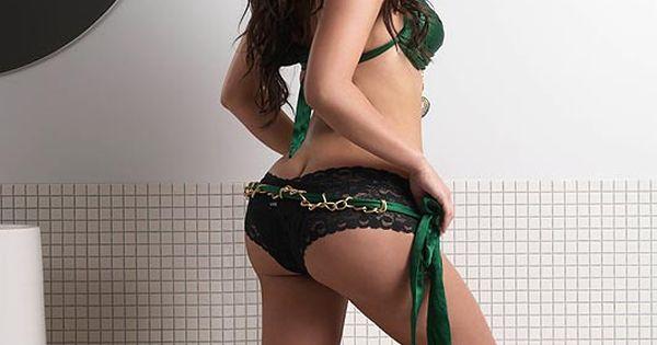 danielle fishel nude photo