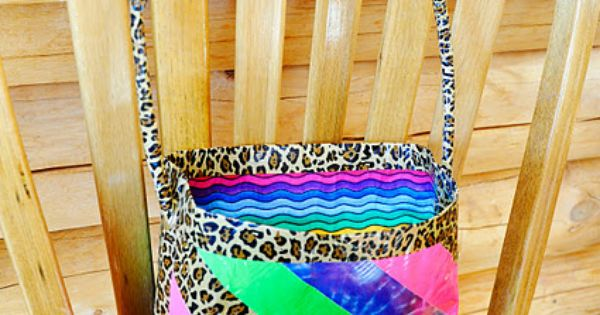 ducttape purse! waterfireviews.com