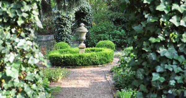 Pin van myriam van houdenhoven op green ivy cottage pinterest tuinen tuinieren en - Deco kleine tuin buiten ...