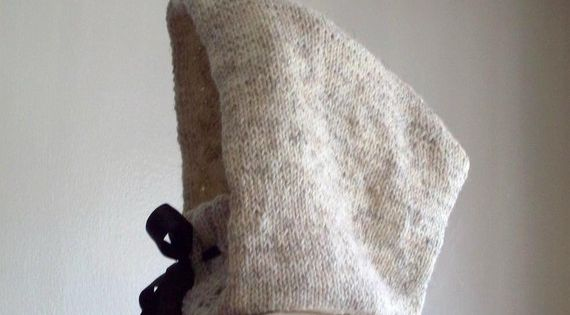 The perfect little knitted hooded cowl pattern.