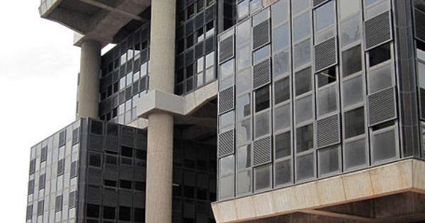 Edificio los cubos agf albacete 5 madrid arquitectos michel andrault pierre parat - Arquitectos albacete ...