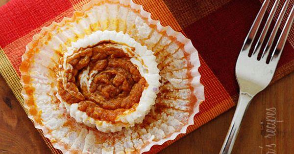 Skinny Pumpkin Swirl Cheesecake Yogurt Cupcakes cupcakes pumpkin cheesecake dessert