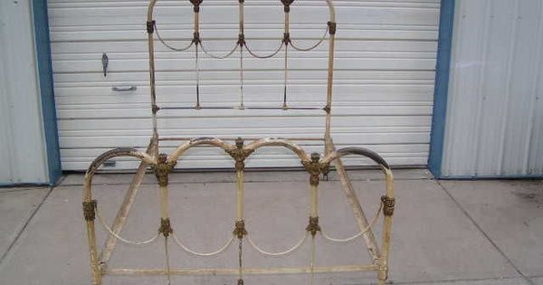 Antique Wrought Iron Bed Home Decor Inspiration