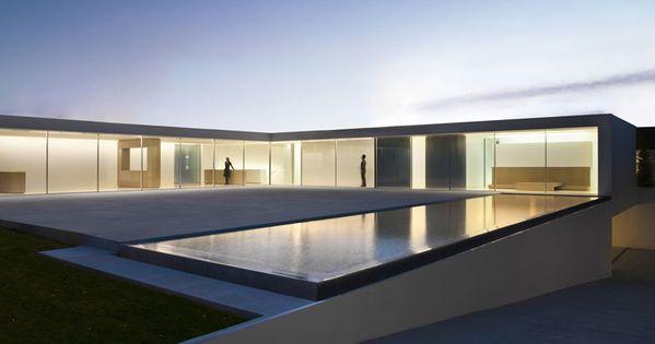 Residential Architecture: Casa del Atrio (Atrium House) by Fran Silvestre Arquitectos