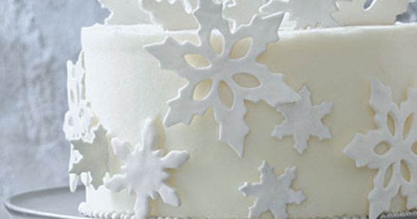 Fondant Snowflakes Garnish < The Perfect Wintry White Christmas Cake