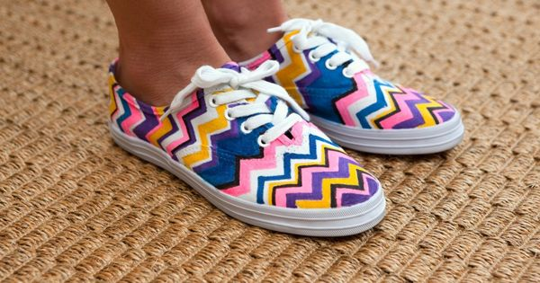 DIY Missoni Sneakers diy craft crafts easy crafts diy ideas diy crafts