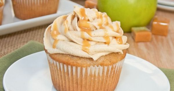 How To Make Caramel Apple Cupcakes and a Cake Mix Doctor Giveaway