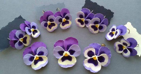 Set Colgante Y Pendientes De Arcilla Polimerica Violeta Pansy Etsy In 2020 Polymer Crafts Polymer Flowers Polymer Clay Flowers