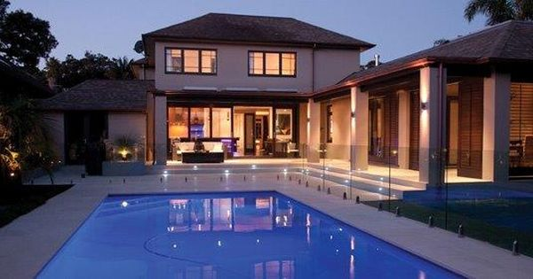 Nz Glass Provides Professional Pool Fencing Installation And Repair Service At Reasonable Cost Pool Fence Glass Pool Fencing Pool