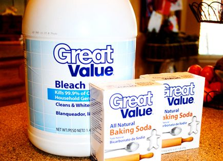 Diy miracle concrete patio cleaner sodas soups and brushes for Bleach on concrete floor