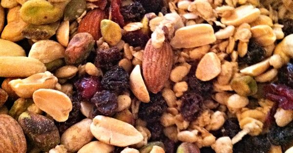 trail mix for hunger pains- peanuts, granola, flax seeds, pumpkin ...