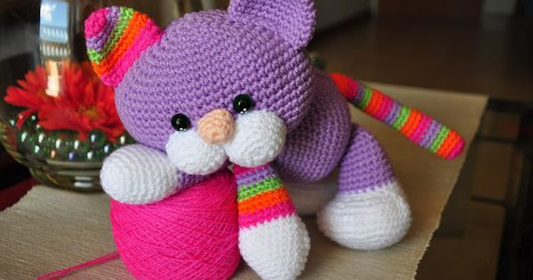 Laid Back Cat Amigurumi : Chica outlet & DIY: gatito - free pattern - Crochet toys ...