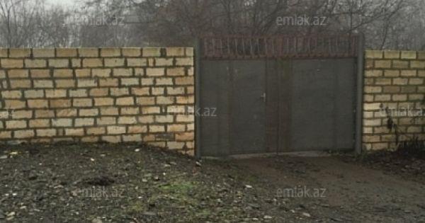 Satilir 5 Otaqli 1000 M2 Yeni Tikili Qəbələ Qebele Unvaninda Outdoor Decor Outdoor Garage Doors