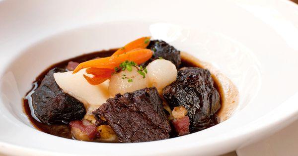 Red Wine-Braised Chuck Roast Beef | Recipes | Pinterest | Beef, Roasts ...