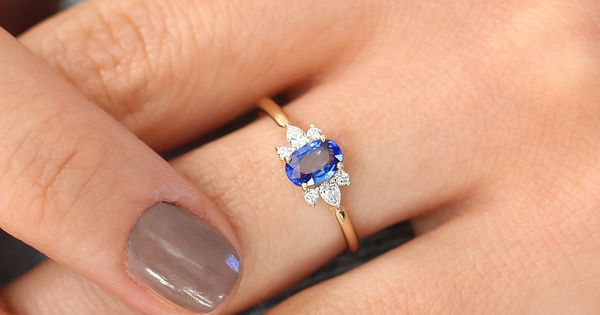 Details about  /12 Ct Oval Cut Sapphire /& Diamond Women/'s Pretty Bracelet 14K Yellow Gold Finish