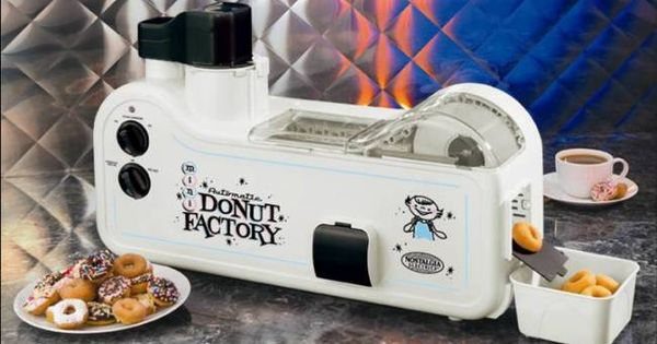 Automatic Mini Donut Factory-Makes 30 doughnuts per batch Dough dispensing mechanism creates