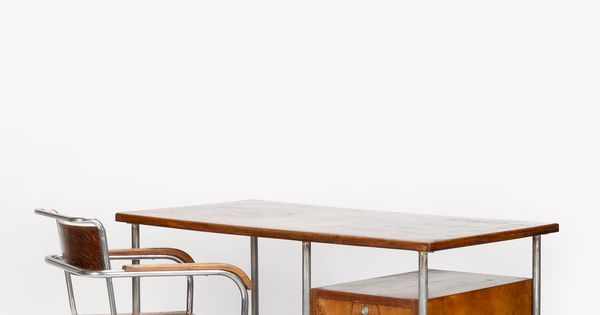 Italian bauhaus desk marcel breuer 30 s tables for Bauhaus italia