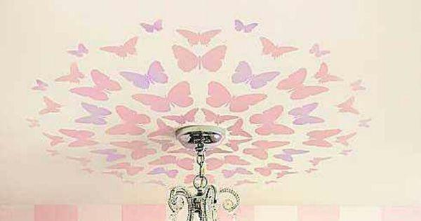 Ceiling butterflies for a girl's bedroom.  Ari room deco  Pinterest